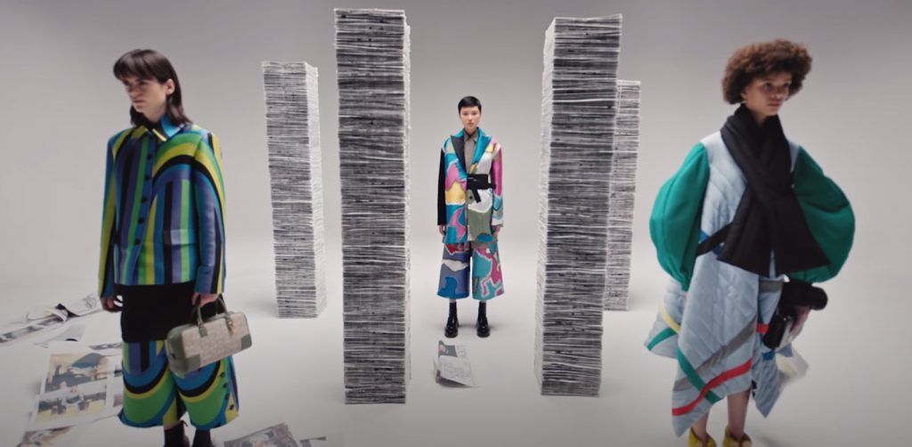 caption video walk with jonathan Anderson_Loewe FW 2021 collection