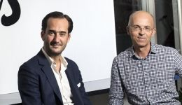 Bertrand Quesada (CEO of Teads) and Pierre Chappaz, Founder and CEO of Teads (right). Detail of the image © Xavier POPY / REA.