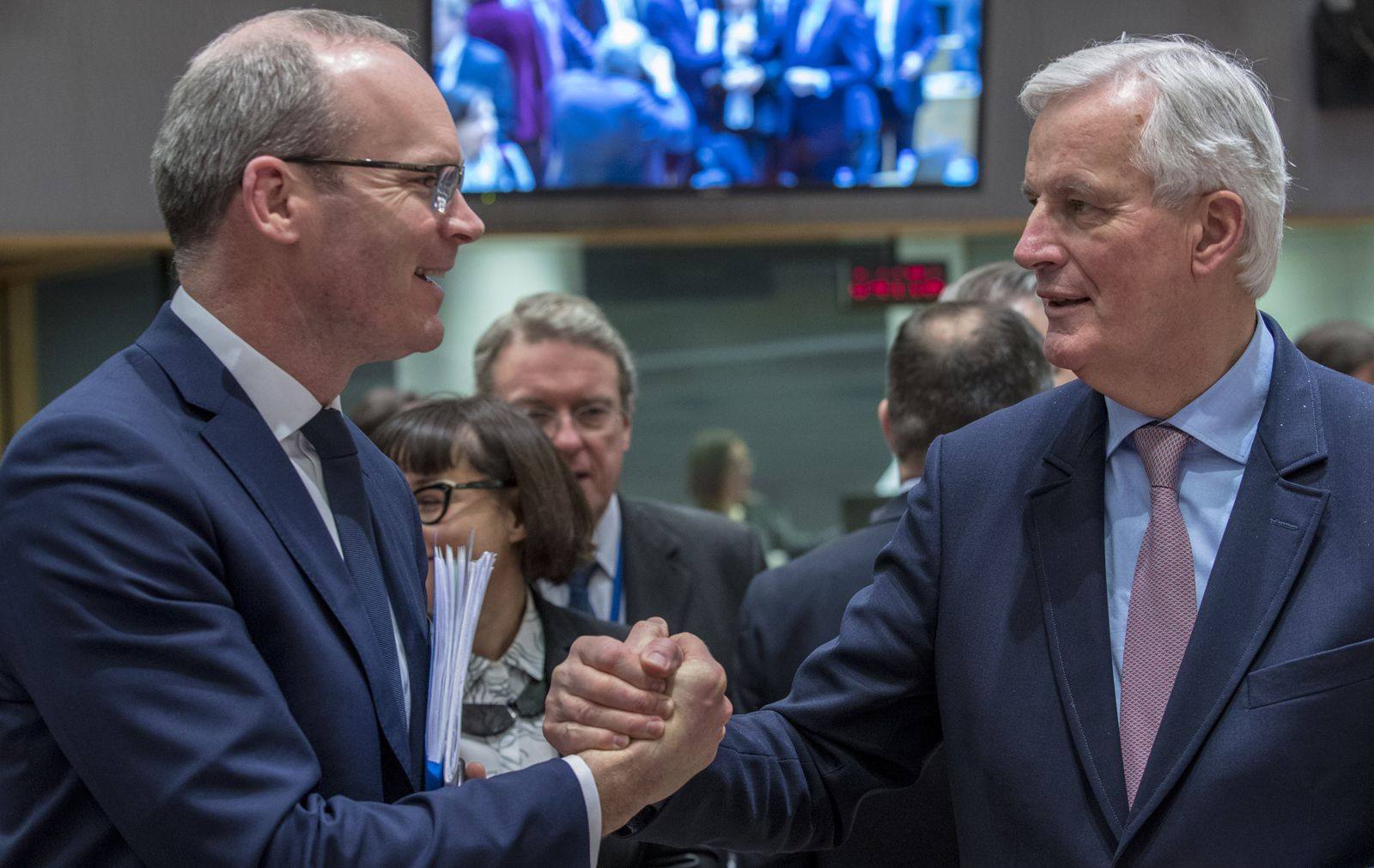 Simon Coveney (Minister of Foreign Affairs of Ireland) and Michel Barnier (Chief EU Negotiator for the Brexit). 27th February 2018. © EU Council.