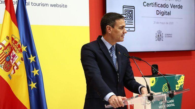 COVID-19.- España no exigirá controles sanitarios a los visitantes extranjeros vacunados y a los procedentes de países seguros